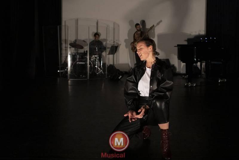 Juul-Melissa-Lisa-en-Isabel-76