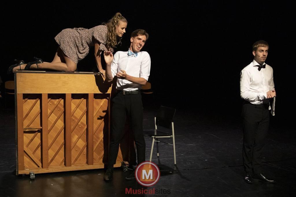 Dansende-Woe-Li-Meesters-cast-2-19