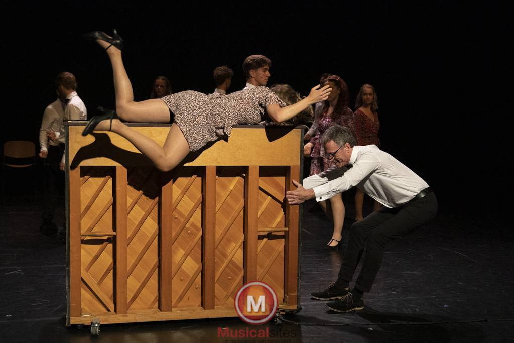 Dansende-Woe-Li-Meesters-cast-2-20