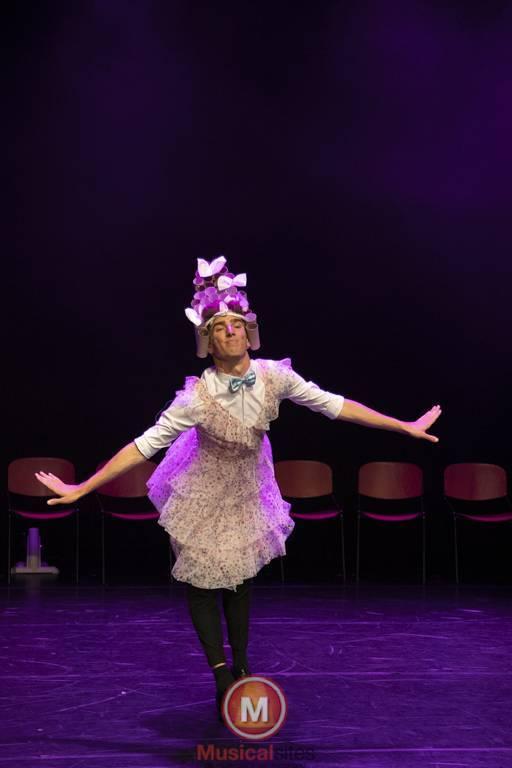 Dansende-Woe-Li-Meesters-cast-2-45