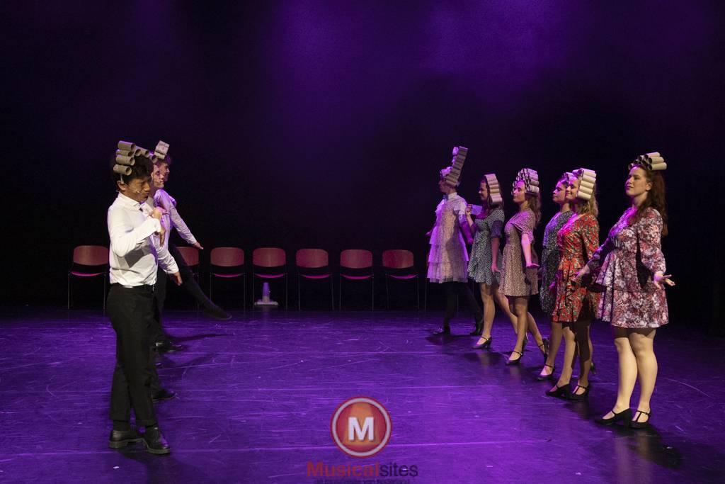 Dansende-Woe-Li-Meesters-cast-2-48