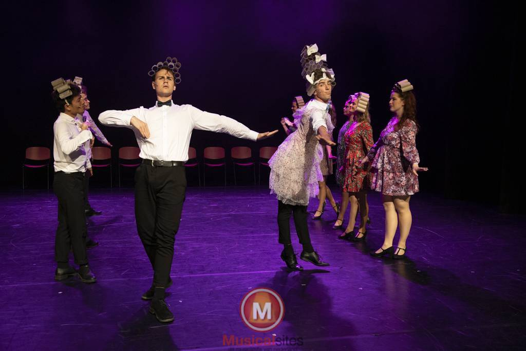 Dansende-Woe-Li-Meesters-cast-2-49