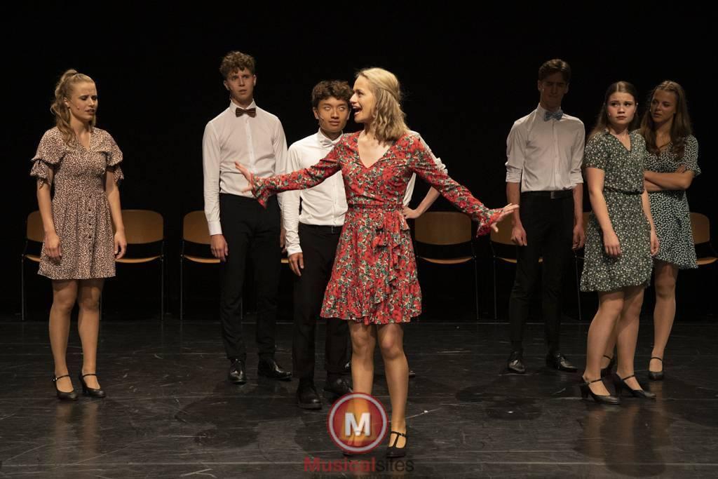 Dansende-Woe-Li-Meesters-cast-2-5