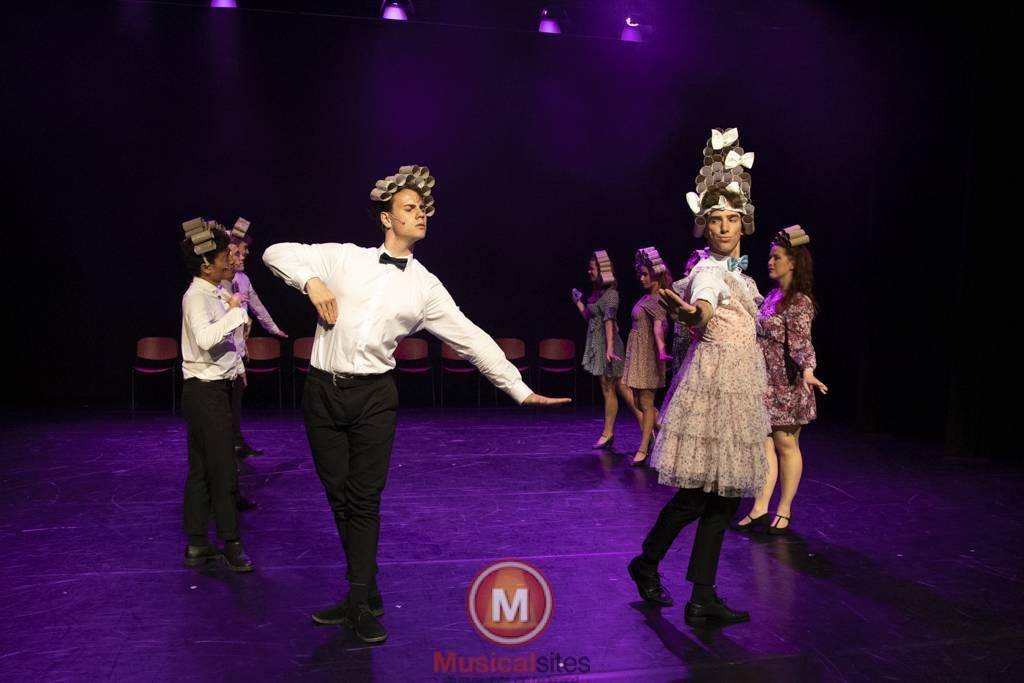 Dansende-Woe-Li-Meesters-cast-2-50