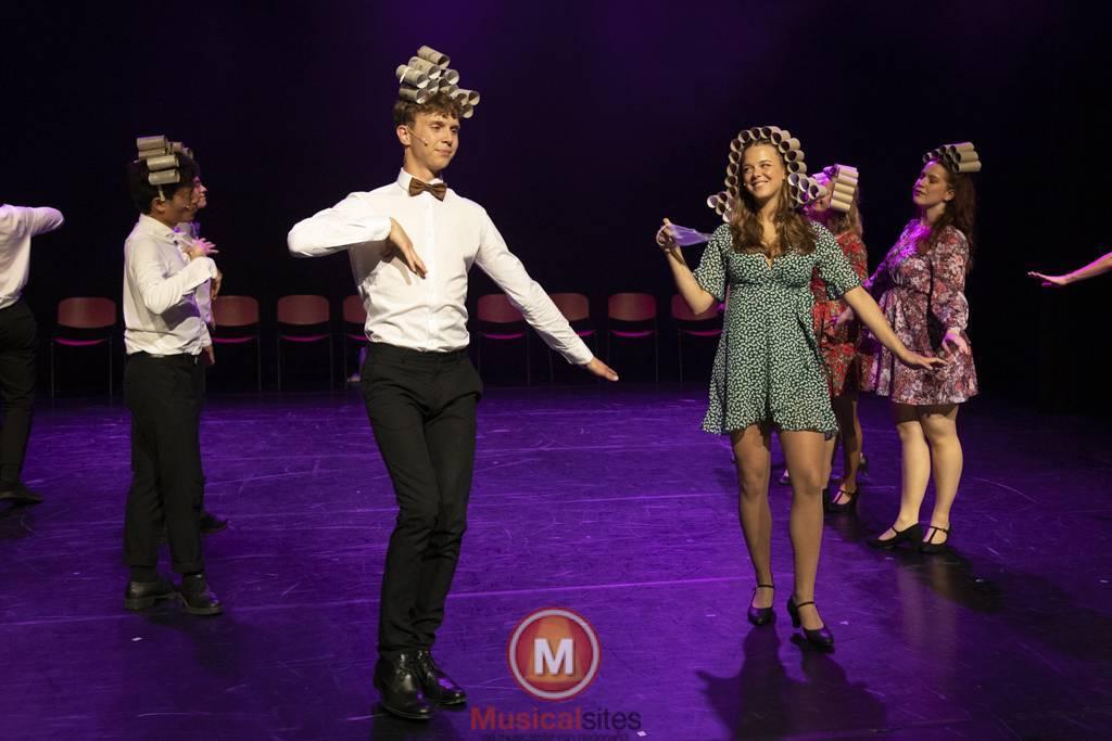 Dansende-Woe-Li-Meesters-cast-2-51