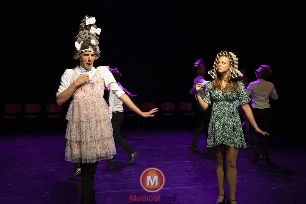 Dansende-Woe-Li-Meesters-cast-2-55