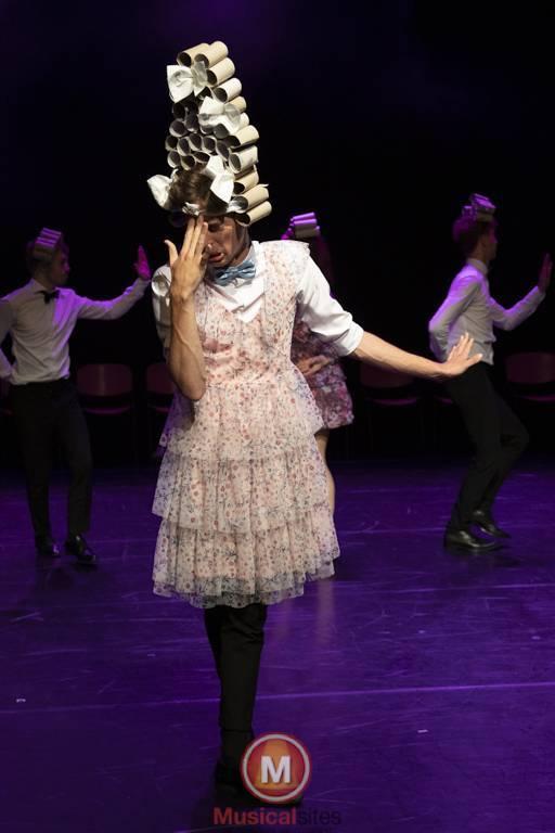 Dansende-Woe-Li-Meesters-cast-2-57
