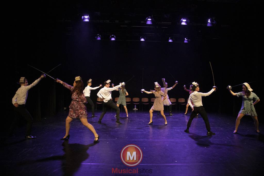 Dansende-Woe-Li-Meesters-cast-2-60