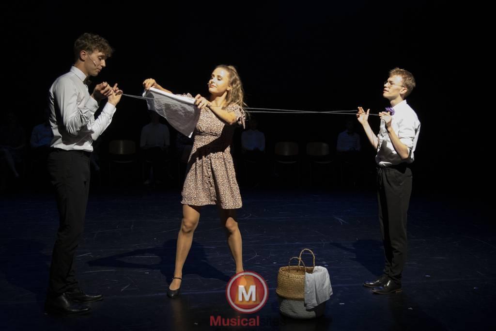 Dansende-Woe-Li-Meesters-cast-2-64