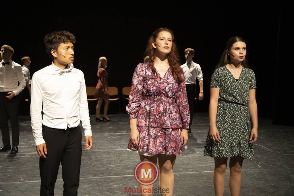 Dansende-Woe-Li-Meesters-cast-2-77