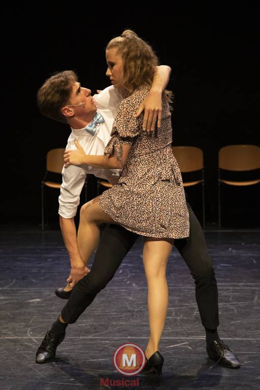 Dansende-Woe-Li-Meesters-cast-2-87
