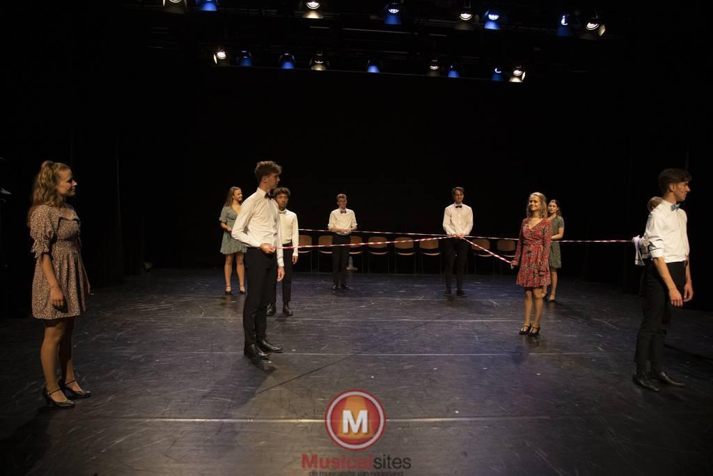 Dansende-Woe-Li-Meesters-cast-2-88