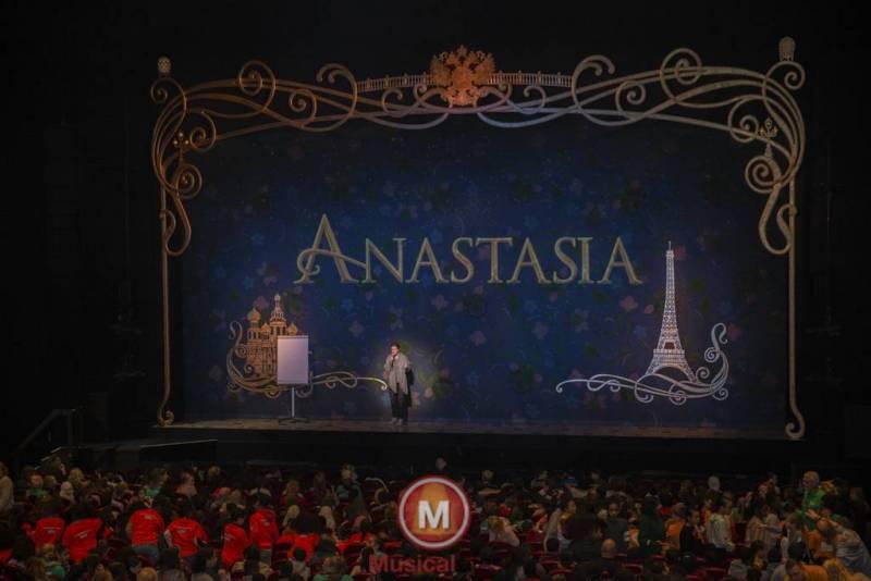 Anastasia-Marit-Lemmens-8