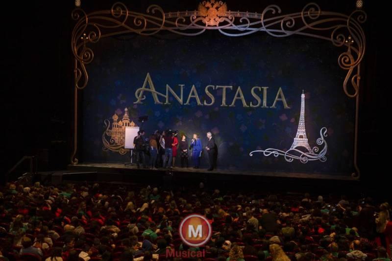 Anastasia-Marit-Lemmens-9