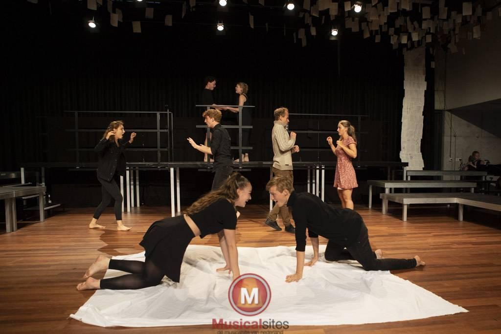 De-grote-boodschap-Fontys-musical-Incubator-39