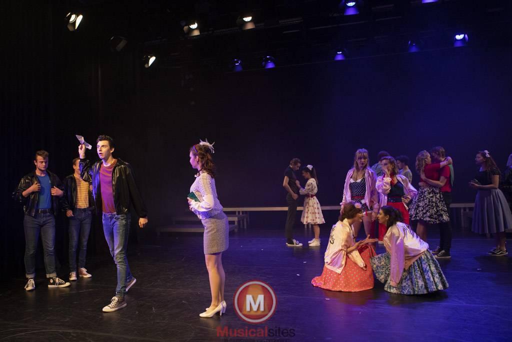 Fontys-2019-1e-en-2e-jaars-Grease-2506-10