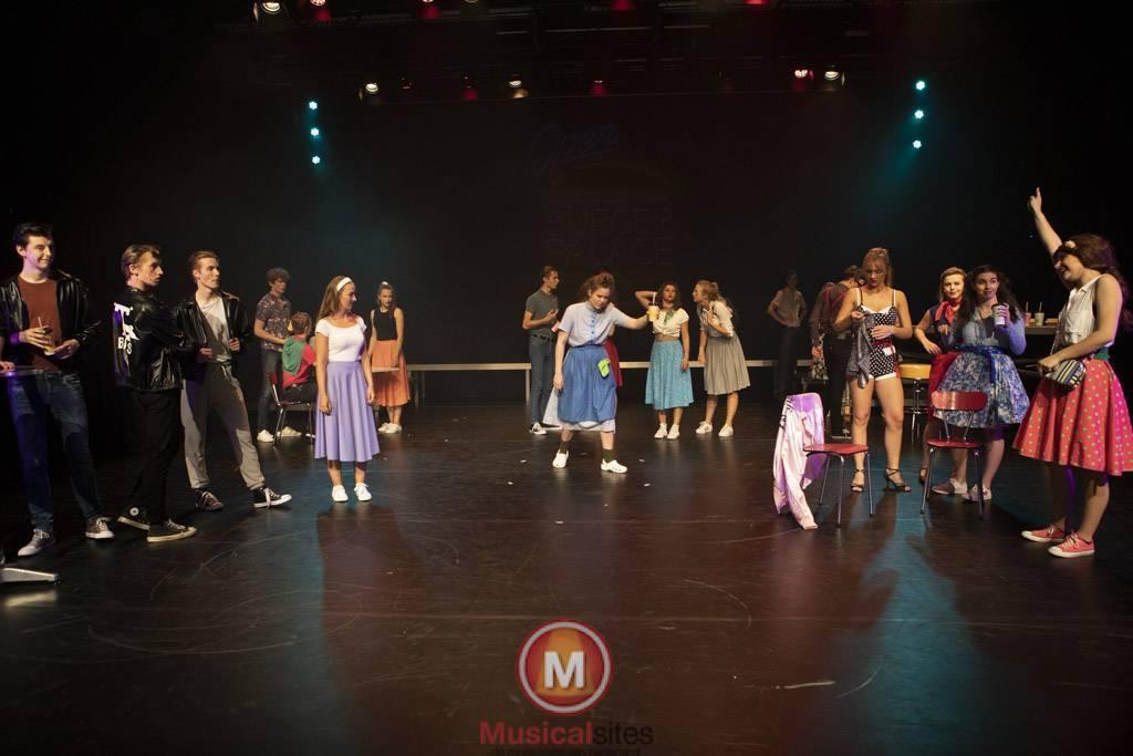 Fontys-2019-1e-en-2e-jaars-Grease-2506-100