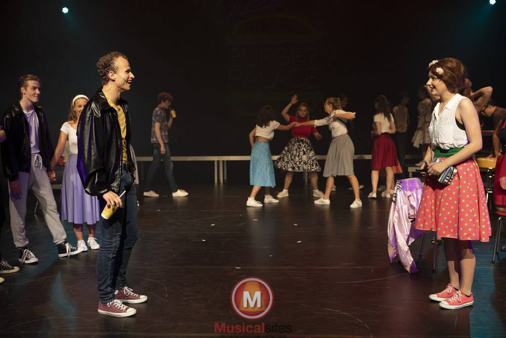 Fontys-2019-1e-en-2e-jaars-Grease-2506-101