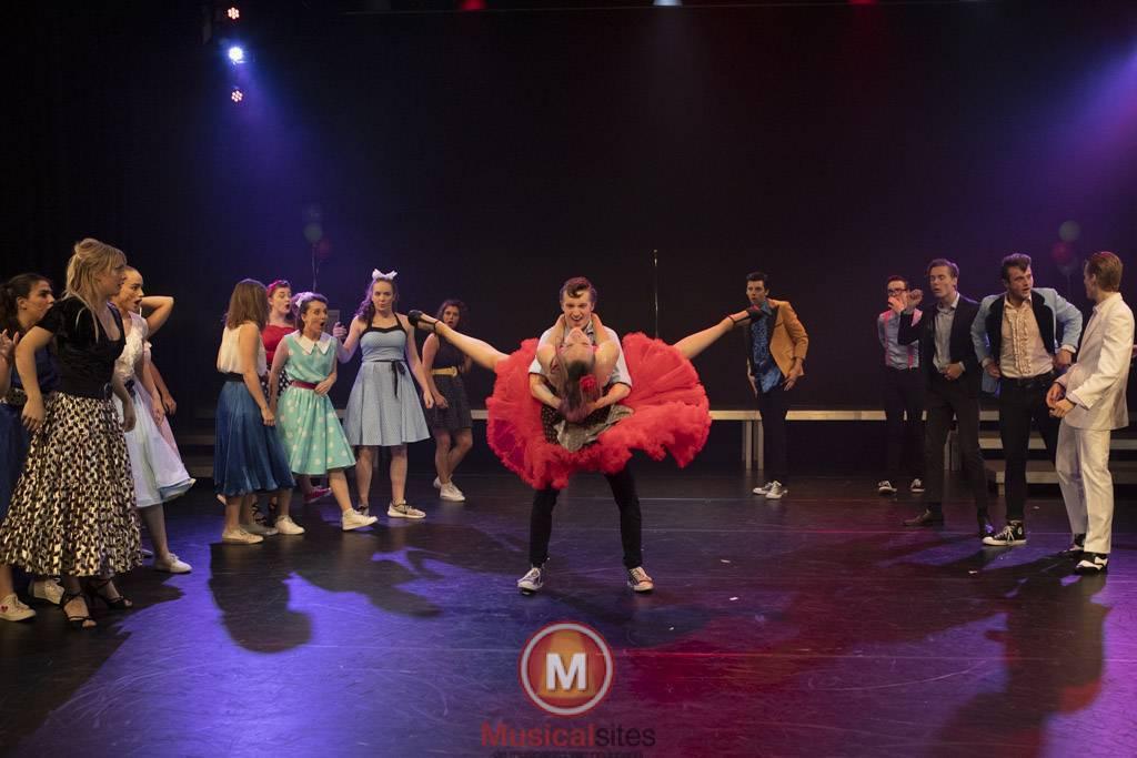 Fontys-2019-1e-en-2e-jaars-Grease-2506-119