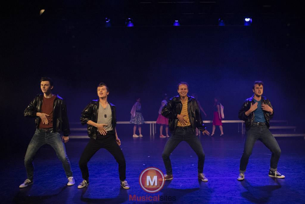Fontys-2019-1e-en-2e-jaars-Grease-2506-5