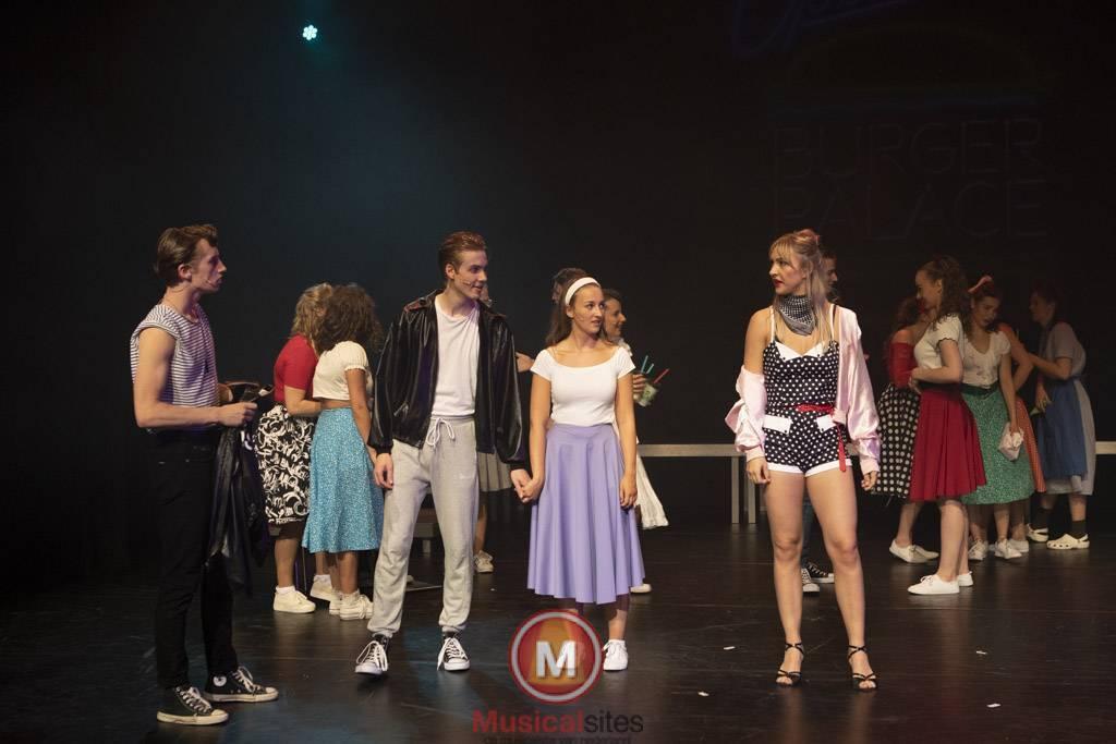 Fontys-2019-1e-en-2e-jaars-Grease-2506-97
