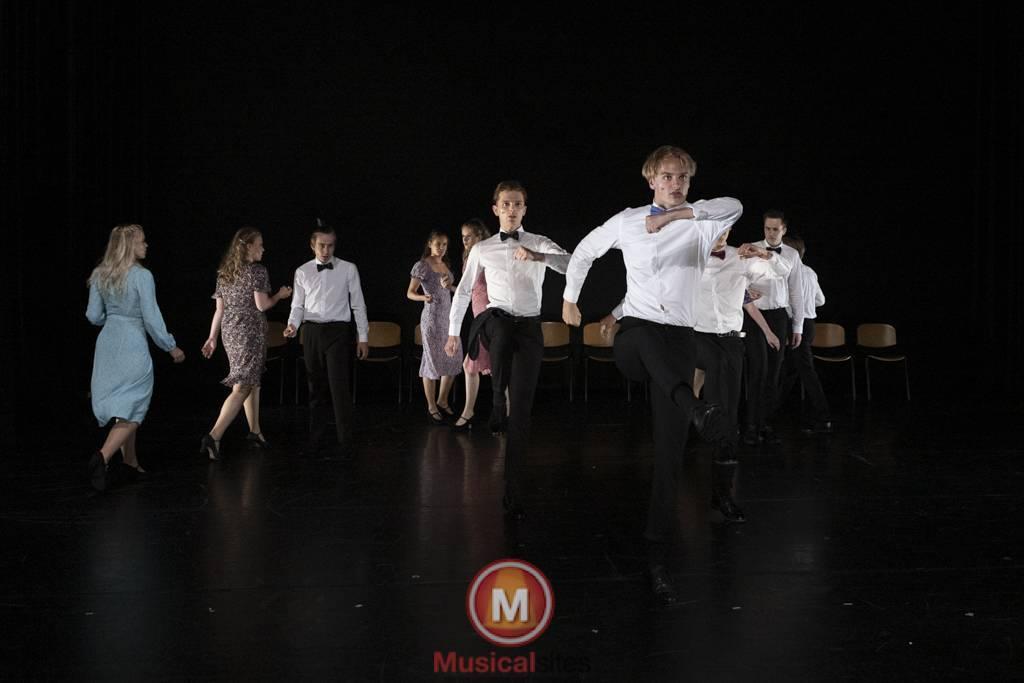 Dansende-Woe-Li-Meesters-cast-1-28