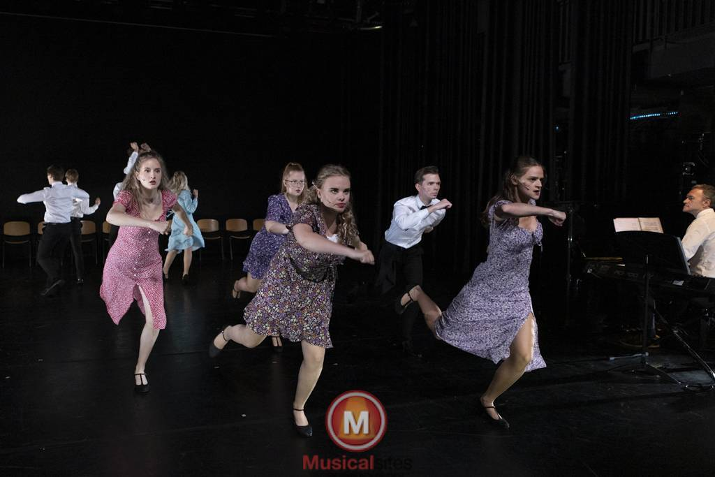 Dansende-Woe-Li-Meesters-cast-1-30