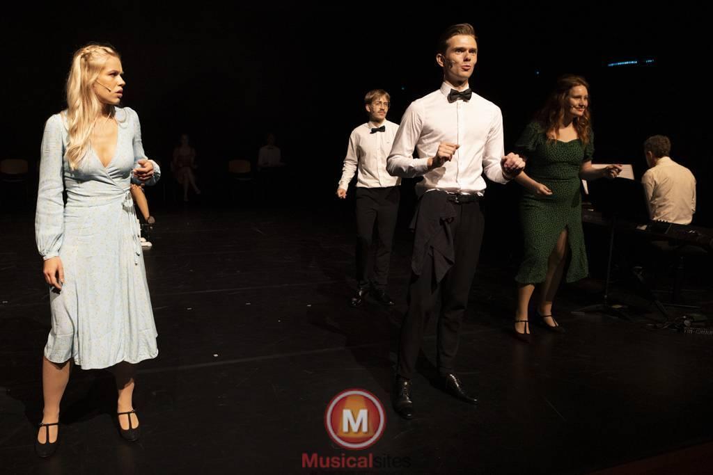 Dansende-Woe-Li-Meesters-cast-1-35