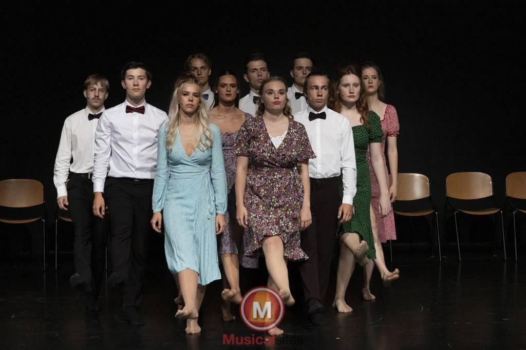 Dansende-Woe-Li-Meesters-cast-1-4