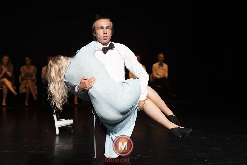 Dansende-Woe-Li-Meesters-cast-1-40