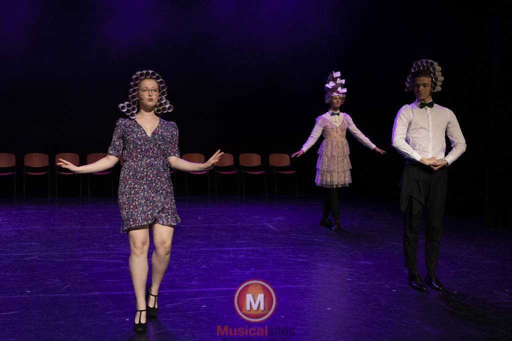 Dansende-Woe-Li-Meesters-cast-1-50
