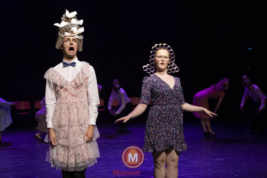 Dansende-Woe-Li-Meesters-cast-1-54