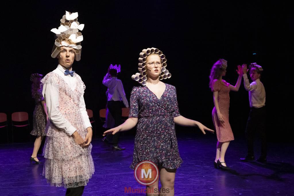 Dansende-Woe-Li-Meesters-cast-1-55