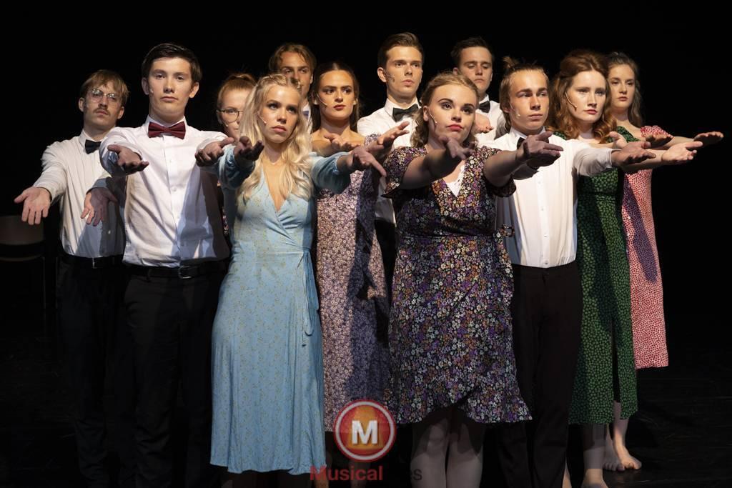Dansende-Woe-Li-Meesters-cast-1-6