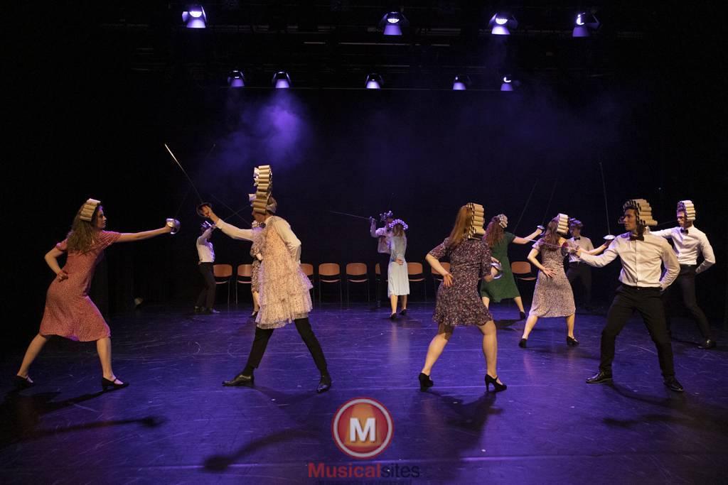 Dansende-Woe-Li-Meesters-cast-1-61