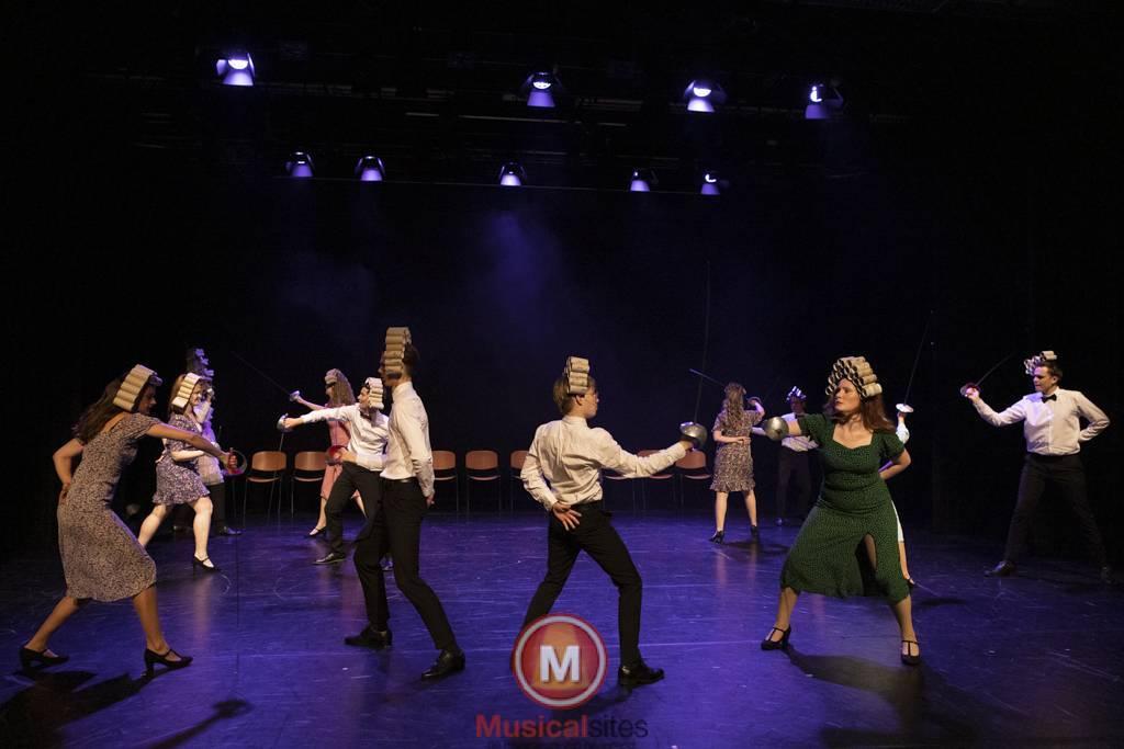 Dansende-Woe-Li-Meesters-cast-1-62