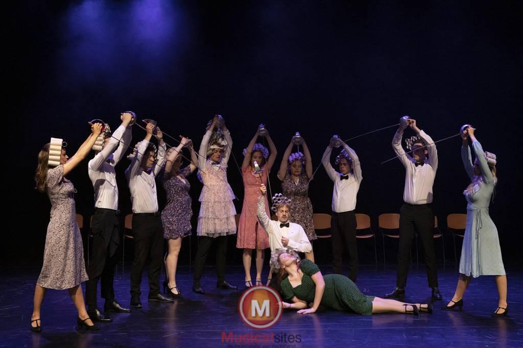 Dansende-Woe-Li-Meesters-cast-1-64