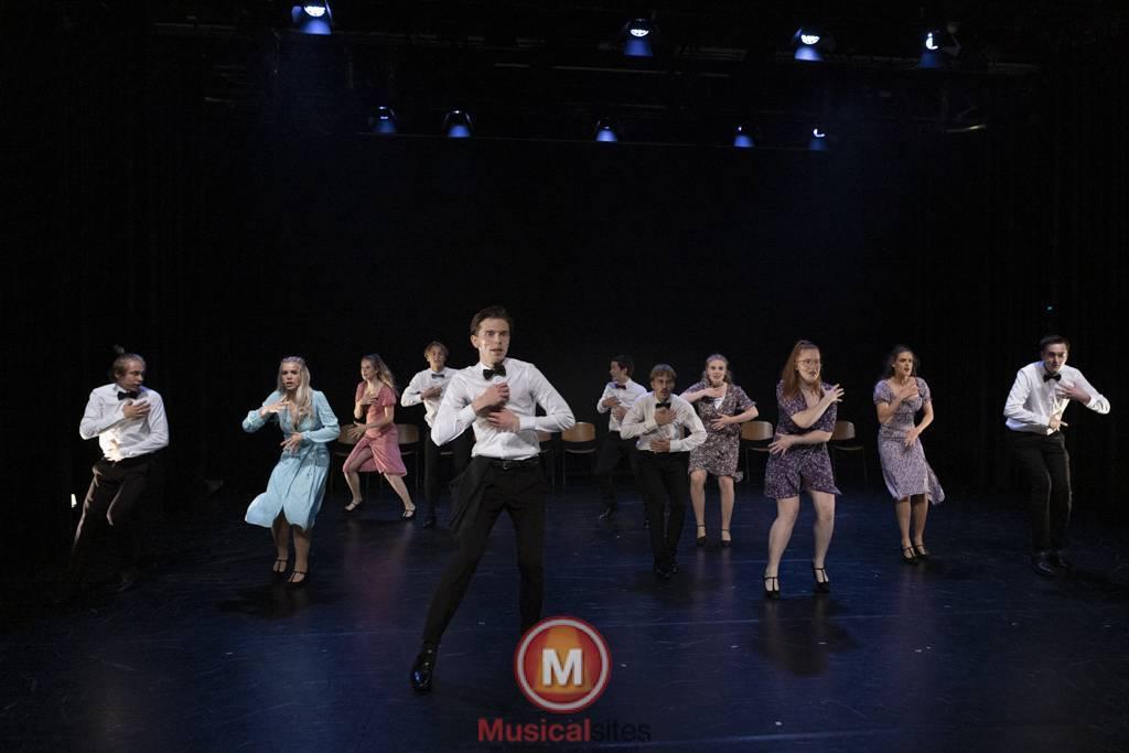 Dansende-Woe-Li-Meesters-cast-1-70