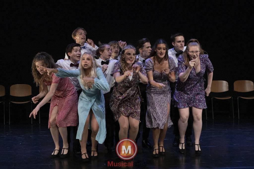 Dansende-Woe-Li-Meesters-cast-1-71