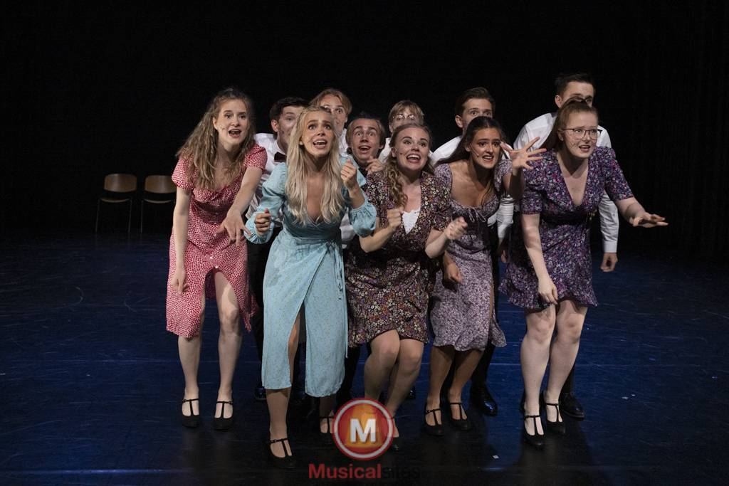 Dansende-Woe-Li-Meesters-cast-1-72
