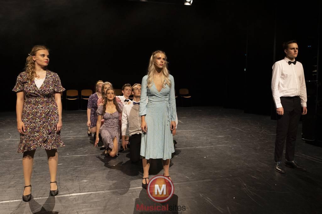 Dansende-Woe-Li-Meesters-cast-1-79