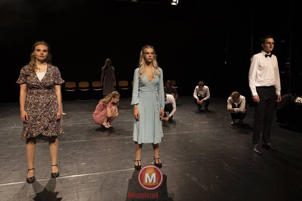 Dansende-Woe-Li-Meesters-cast-1-80