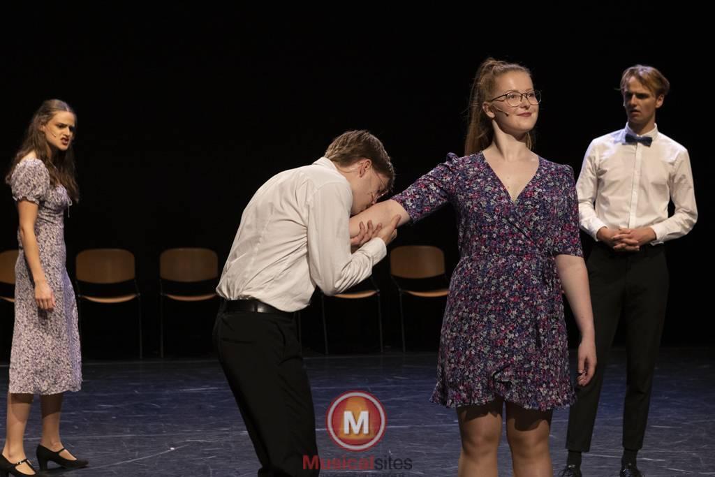 Dansende-Woe-Li-Meesters-cast-1-86