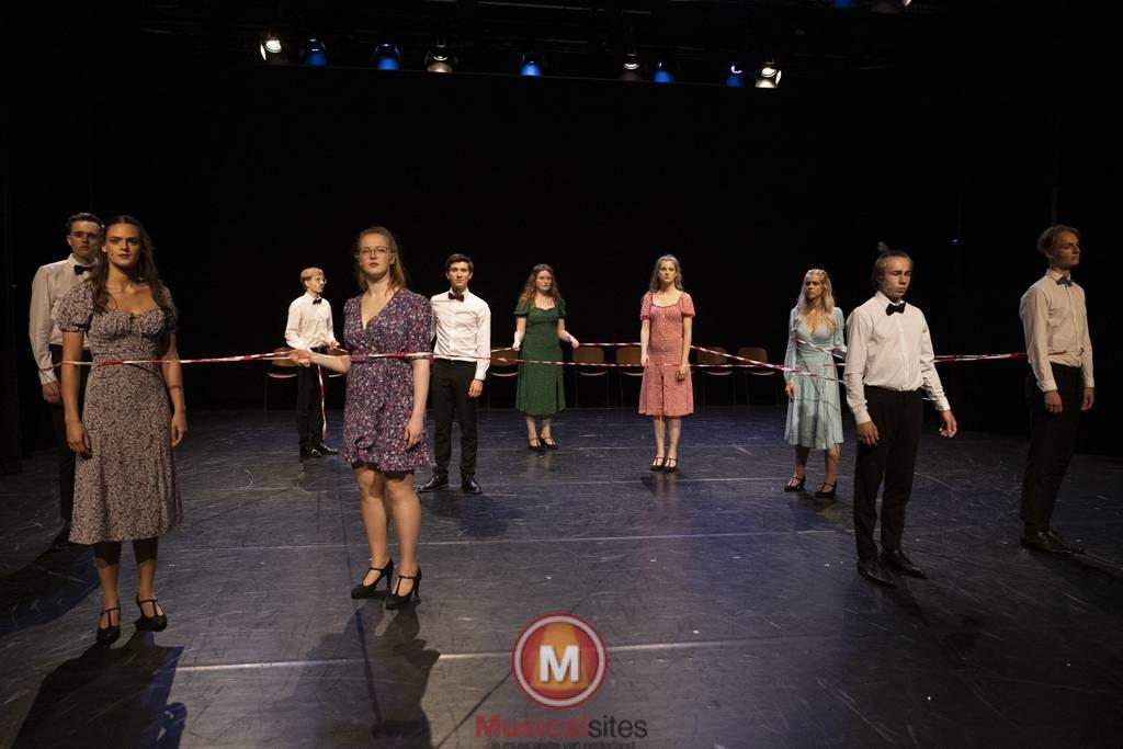 Dansende-Woe-Li-Meesters-cast-1-91