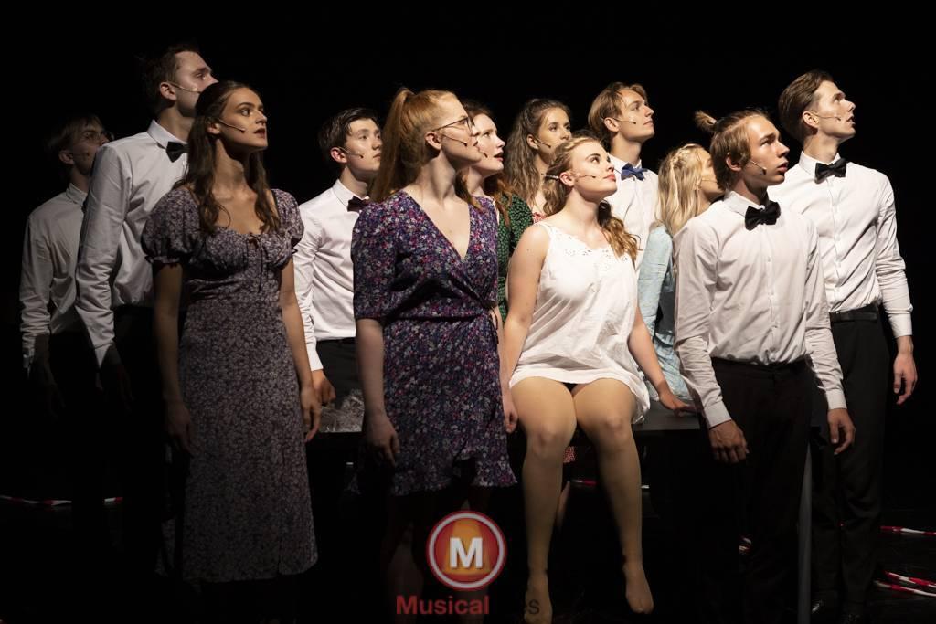 Dansende-Woe-Li-Meesters-cast-1-97