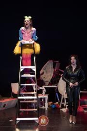 De-stoelen-cast-1-90