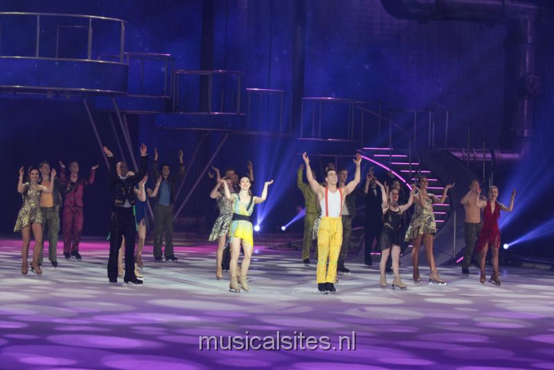 Holiday on Ice 12